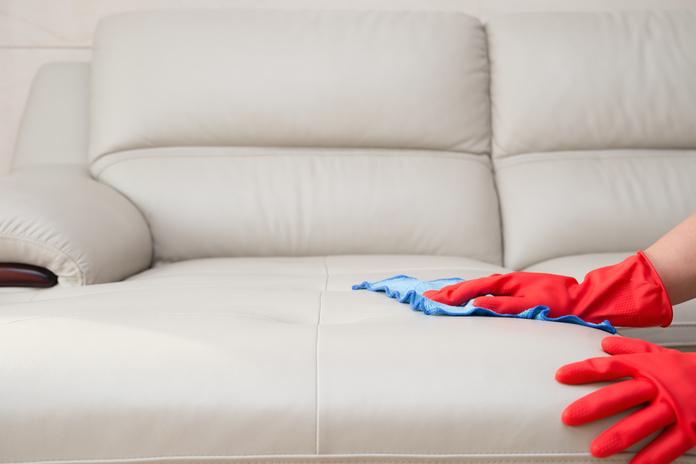 ¿Como Limpiar Tus Muebles, Mesas y Vidrios?